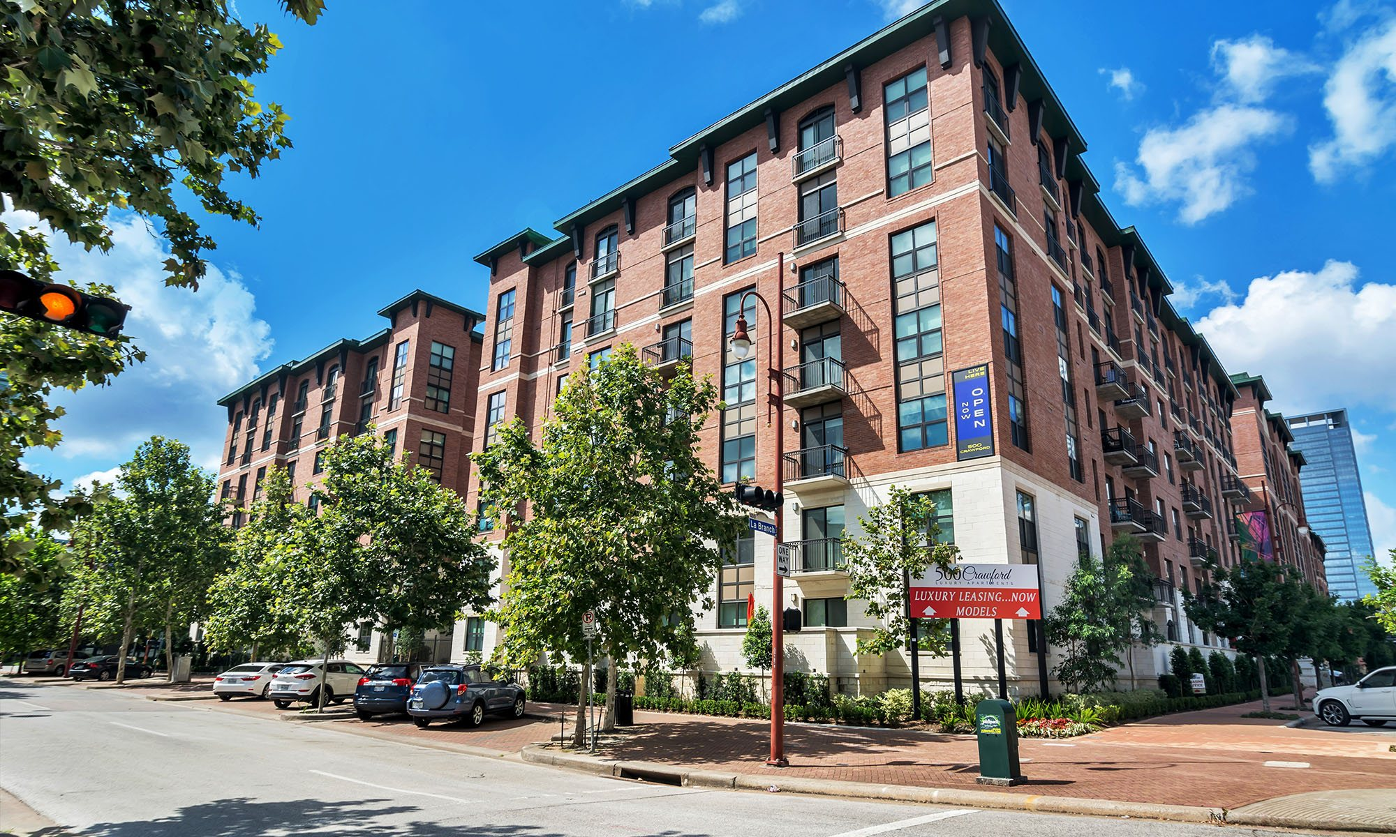 500 Crawford Apartments