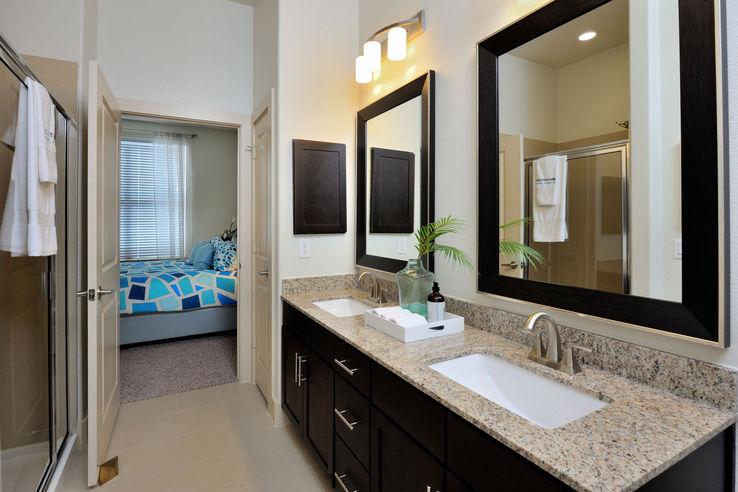 Bathroom - Broadstone Woodmill Creek