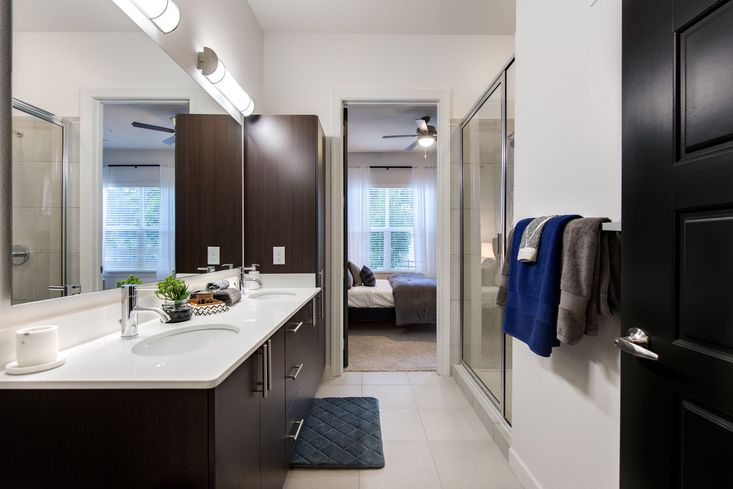 Bathroom - Mezzo Kirby Med Center