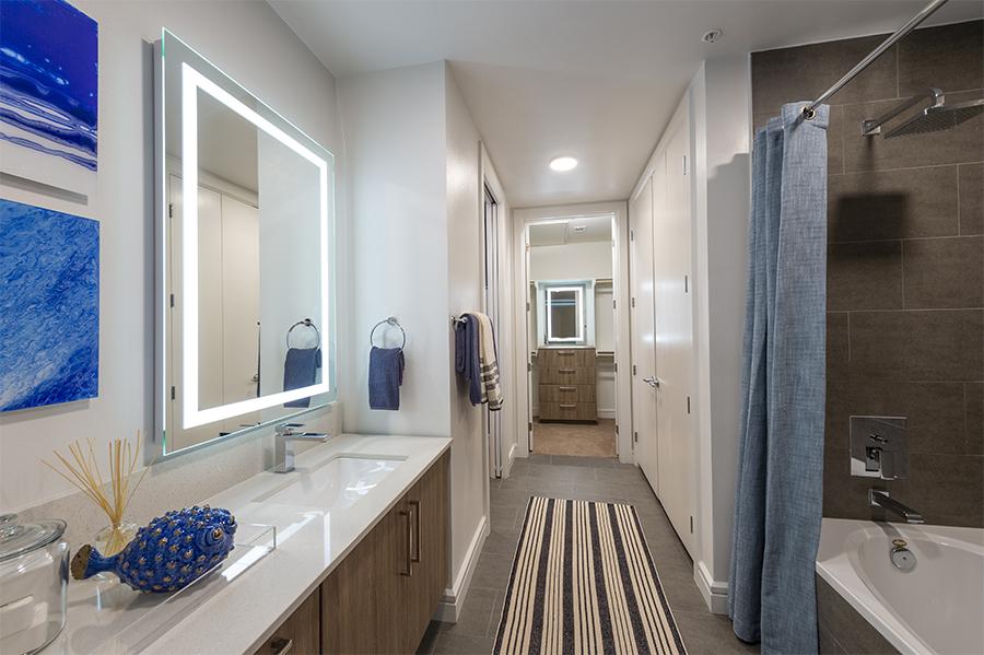 Bathroom - The Travis