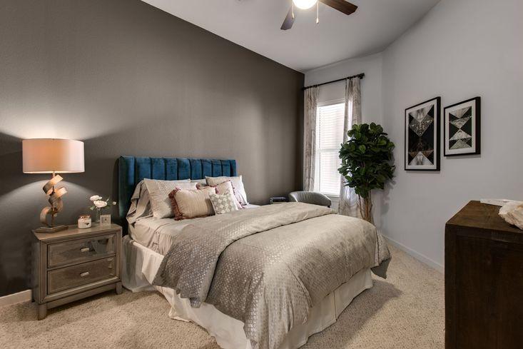 Bedroom - Mezzo Kirby Med Center