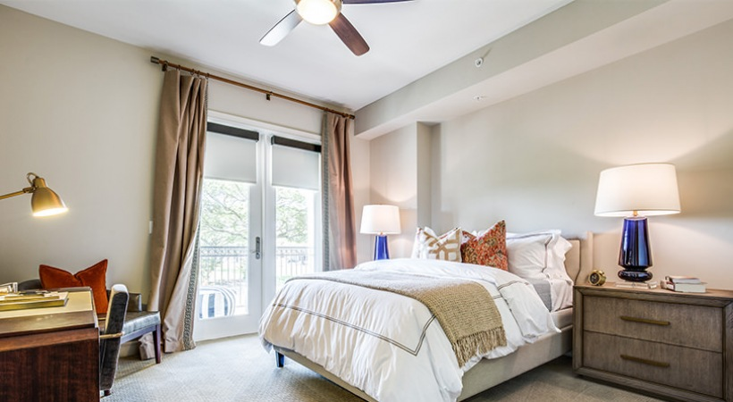 Bedroom - The Ivy Park Place Apartments