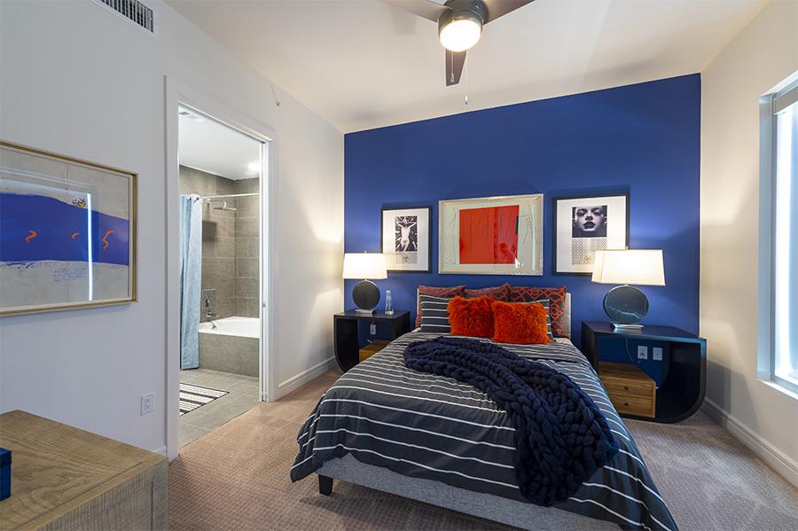 Bedroom - The Travis