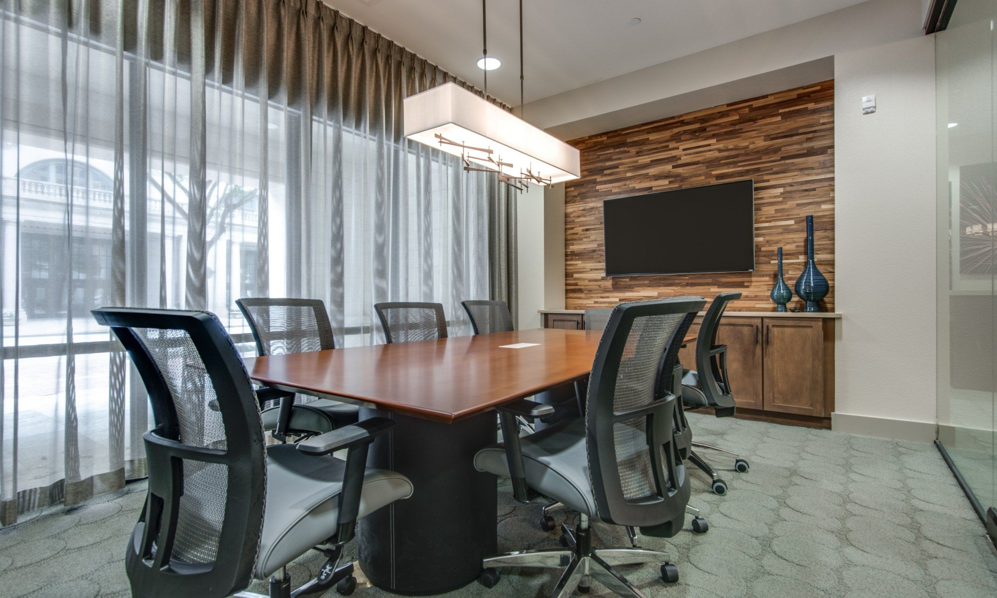 Conference Room - 500 Crawford Apartments