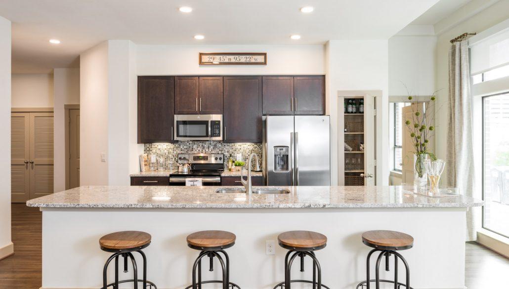 Kitchen - Broadstone Skyline Apartments