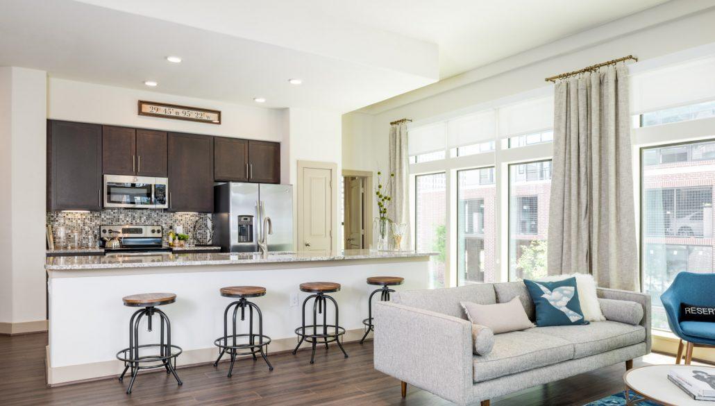 Living Room - Broadstone Skyline Apartments