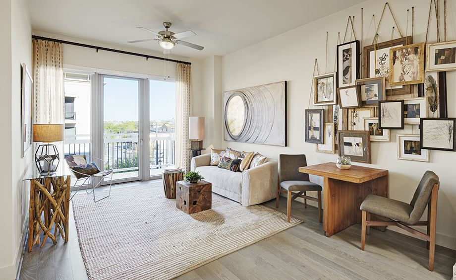 Living Room - Camden McGowen Station