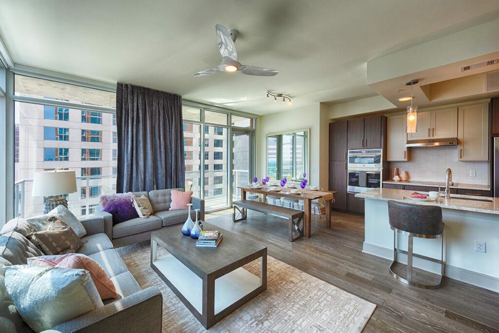 Living Room - Latitude Med Center