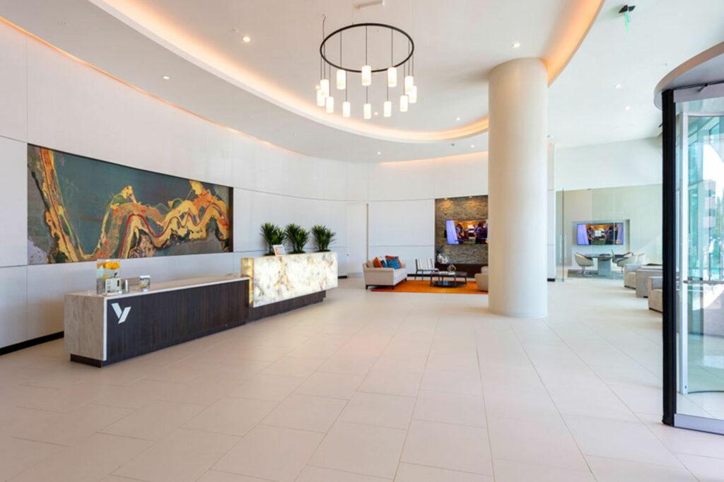 Lobby - Vantage Med Center Apartments