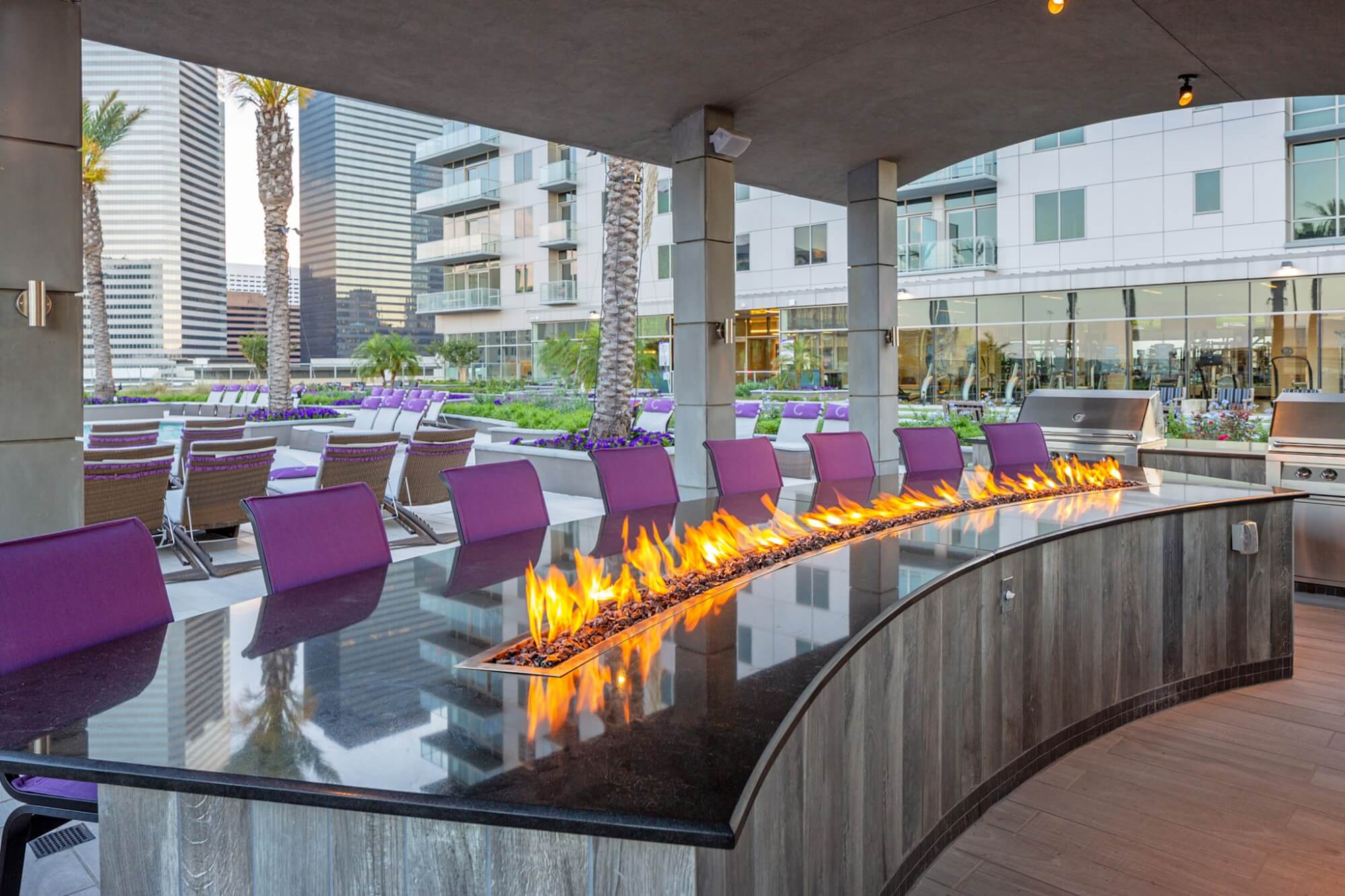 Outdoor Lounge - Catalyst Apartments
