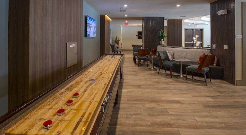 Resident Lounge - 1414 Texas Downtown Apartments