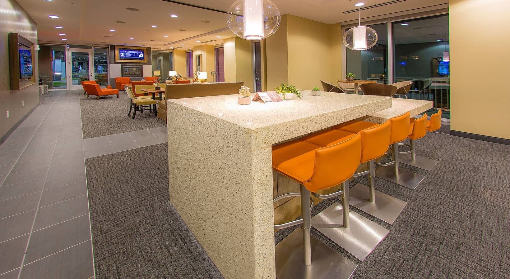 Resident Lounge - SkyHouse Downtown South Tower